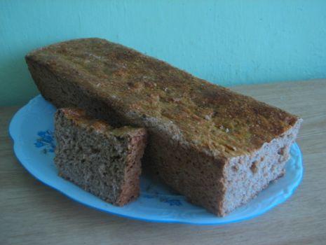 Przepis: chlebek razowy z ziołami