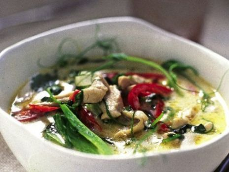 Przepis: Zupa tajlandzka z mlekiem kokosowym.