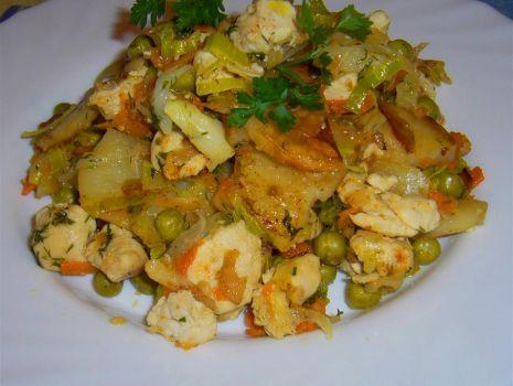 Przepis: Kurczak w smacznych warzywach