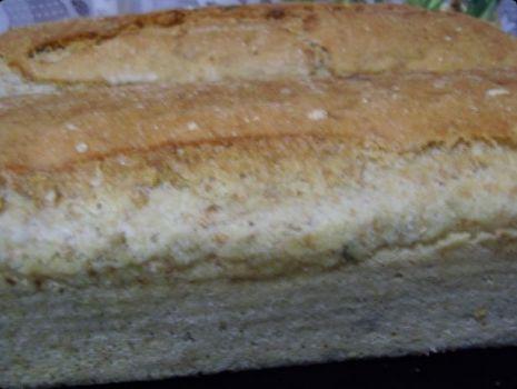 Przepis: Chleb z otrębami i ziarnami.