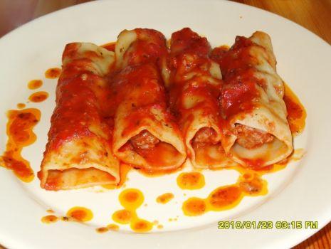 Przepis: canelloni w sosie pomidorowym