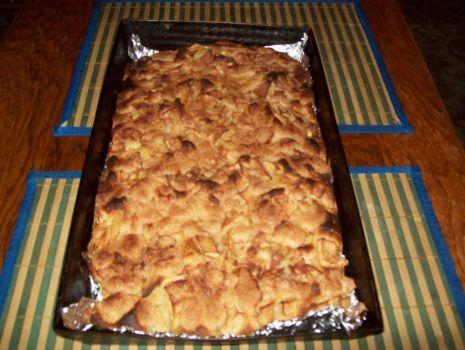 Przepis: ciasto drożdżowe z jabłkami i kruszonką