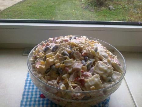 Przepis: sałatka z pierożkami