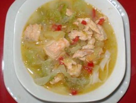 Przepis: Tajska wariacja na temat zupy rybnej: