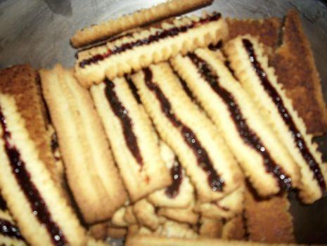 Przepis: Ciastka przez  maszynkę.