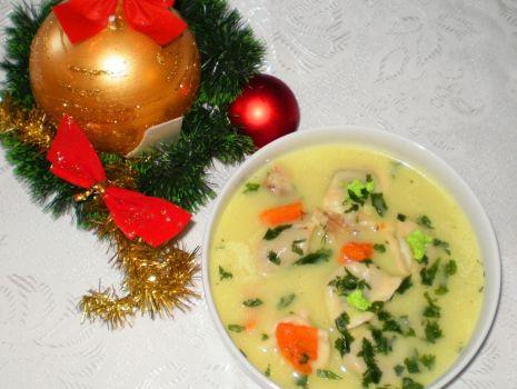 Przepis: Wigilijna zupa z karpia rodem z kresów