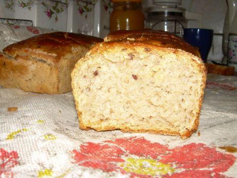 Przepis: Chleb domowy na zakwasie
