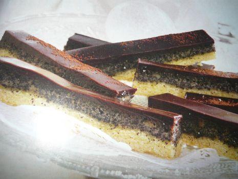 Przepis: czekoladowe kruche ciastka z makiem