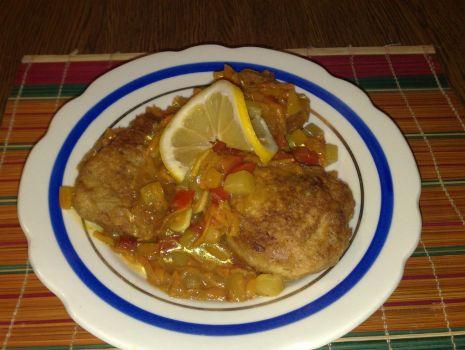 Przepis: Ryba z ananasem
