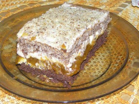 Przepis: Świąteczne ciasto orzechowe