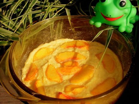 Przepis: zapiekanka serowa z brzoskwiniami