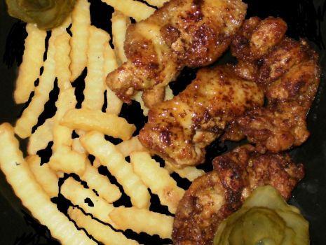 Przepis: ,,Chrupki ,, ze skrzydełek kurczaka :