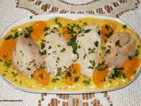 Przepis: Kurczak w potrawce  mandarynkowej :