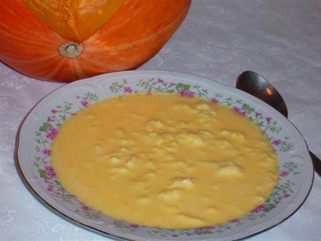 Przepis: Zupa z dynią i lanymi kluskami
