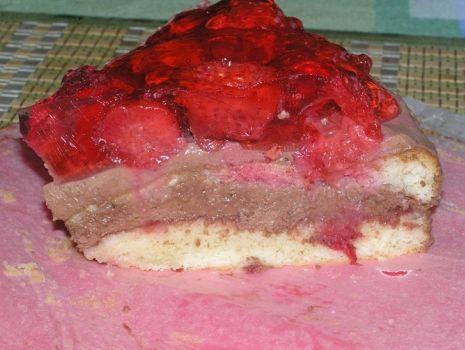 Przepis: Tort truskawkowo czekoladowy