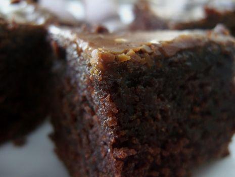 Przepis: Czekoladowe ciasto z colą