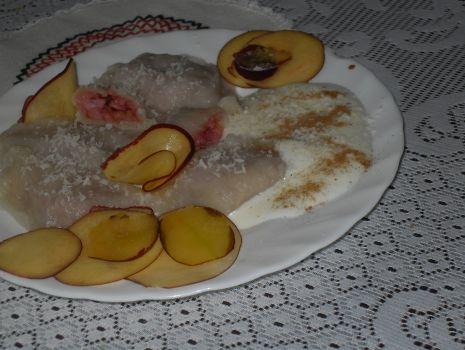 Przepis: Kokosowo jabłkowe pierożki z nutką cynamonu