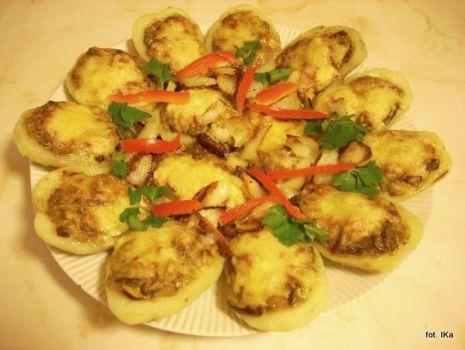 Przepis: Ziemniaki zapiekane z grzybami