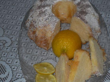 Przepis: Wielkanocna babka cytrynowa