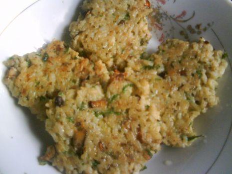 Przepis: Placuszki ryżowo-grzybowe
