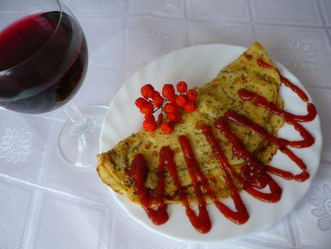 Przepis: PROWANSALSKI NALEŚNIK z serem i szynką