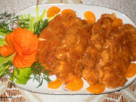 Przepis: Kotleciki z piersi kurczaka w panierce serowej :
