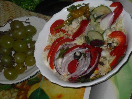 Przepis: Sałatka  wegetariańsko jarska