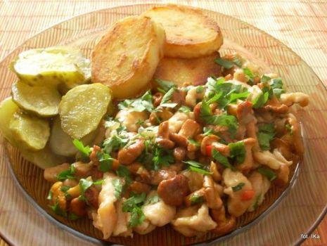 Przepis: Filet z kurczaka z kurkami