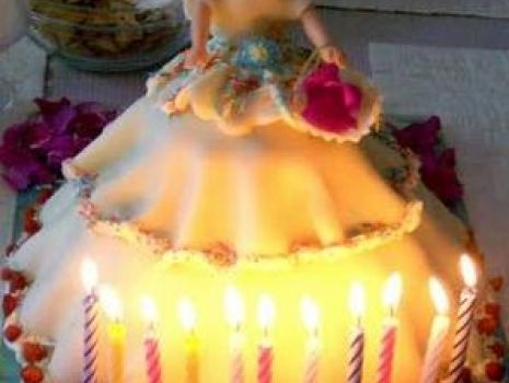 Przepis: Tort Urodzinowy -Lalka