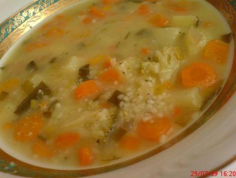 Przepis: Zupa jarzynowa z kuskusem