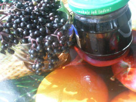 Przepis: Sok z czarnego -lekarskiego  bzu