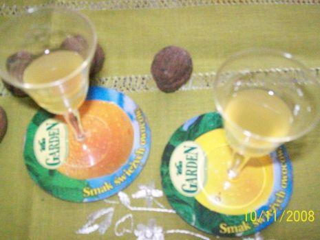 Przepis: Nalewka ananasowa - zdrowotna