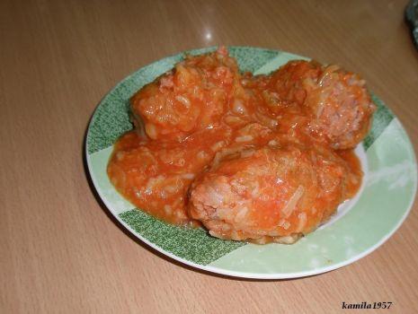 Przepis: pulpety z kapustą w sosie pomidorowym