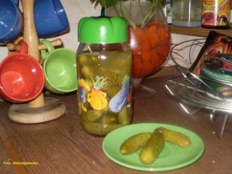 Przepis: Ogórki konserwowe wg Babcigramolki