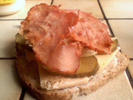 Przepis: Pieczona szynka na kanapki