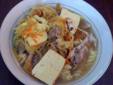 Przepis: Pyszna zupa Jadzi z serkiem tofu