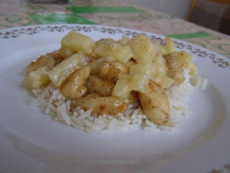 Przepis: Pierś z kurczaka w sosie ananasowym