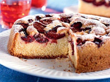 Przepis: Ciasto ucierane ze śliwkami
