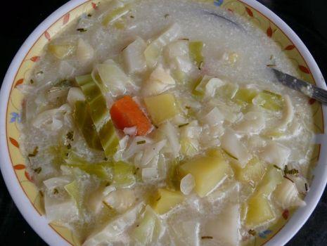 Przepis: zupa z białą kapustą na bulionie