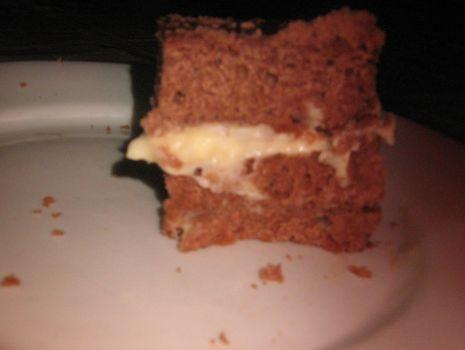Przepis: Pyszne ciasto czekoladowe z kremem