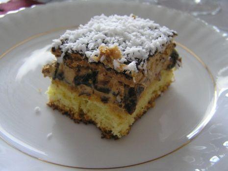 Przepis: Ciasto krówkowo-rumowe