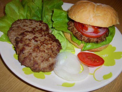 Przepis: Hamburgery prawdziwe