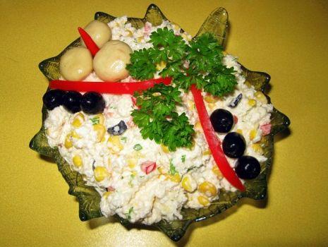Przepis: Sałatka z surowego kalafiora