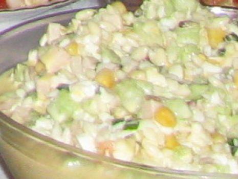 Przepis: sałatka z zielonym ogórkiem