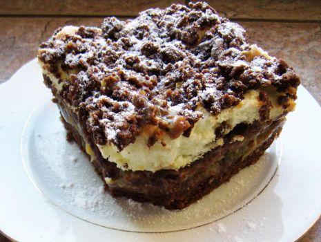 Przepis: Ciasto z agrestem i bezą