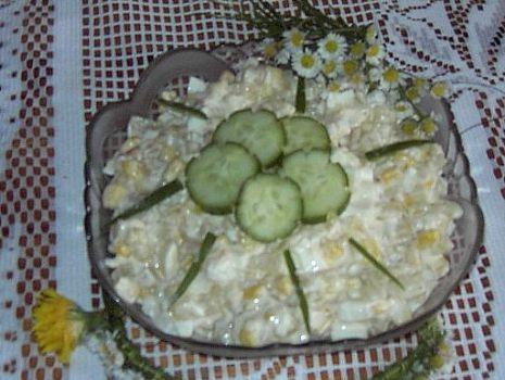Przepis: Sałatka egzotyczna z ananasem