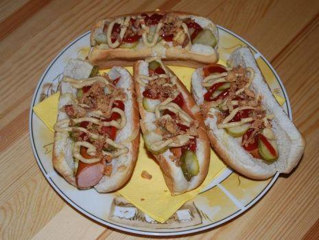 Przepis: Proste Domowe Hot-Dogi wg Potok