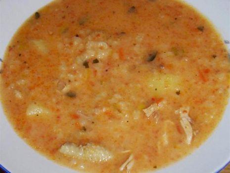 Przepis: Zupa z ryżem i pomidorami