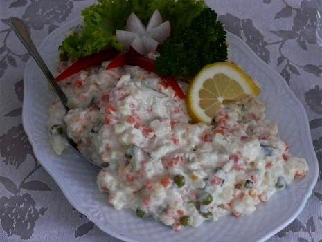 Przepis: Sałatka ziemniaczano-czosnkowa