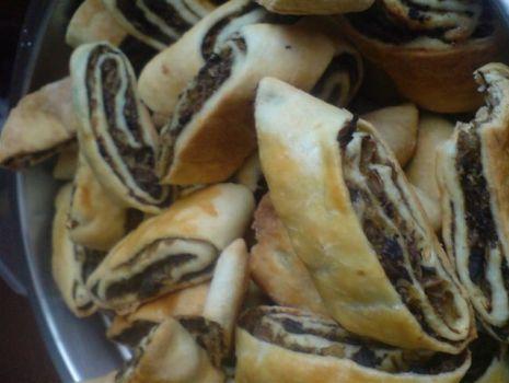 Przepis: Paszteciki z grzybami, kapusta i oliwa  z pestek z dyni-idealne na Wigilię